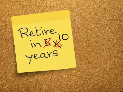 Paying credit card debt with your 401k could delay retirement significantly