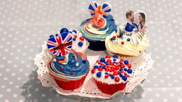 Cupcakes for the Royal Wedding of Prince Harry and Meghan Markle