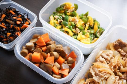 How doing a weekly food prep can save you money