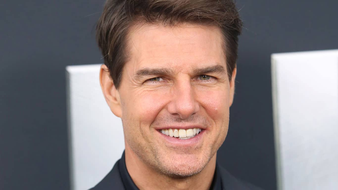 Tom Cruise attends the premiere of